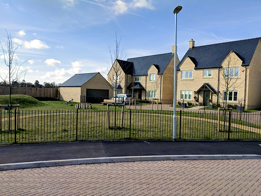 Ferrers Park, Old Station Road, Lechlade 03